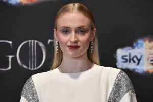 News video: Sophie Turner Finds Petition to Remake 'Game of Thrones' Disrespectful
