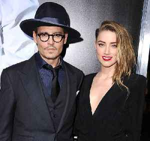 Johnny Depp Accuses Amber Heard of Painting Bruises on Her Face [Video]