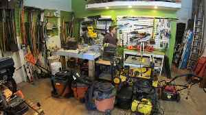 Why buy tools when you can borrow them instead? [Video]