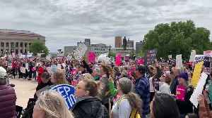 Women Chant 'Our Bodies, Our Choice' at St Paul Abortion Ban Protest [Video]