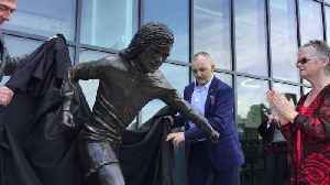 George Best statue unveiled at Windsor Park [Video]