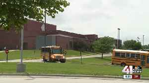 Lee's Summit parents frustrated over equity plan discussions [Video]