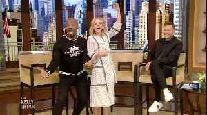 Kelly and Jamie Foxx Sing Their Favorite Sitcom Themes [Video]