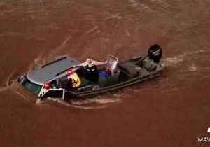 Kansas Man Trapped by Flood Waters Rescued from Vehicle [Video]