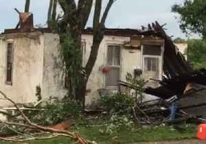 Jefferson City Resident Surveys Damage After Tornado [Video]
