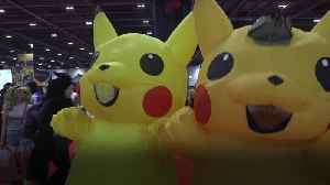 Thousands of cosplay fans attend Comic Con London 2019 [Video]