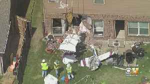 Crews Remove Small Plane From McKinney Home After Crash [Video]