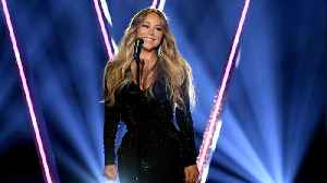 Mariah Carey reportedly orders backstage lightbulb change at London Show [Video]