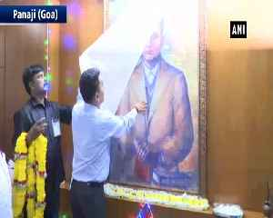 Goa CM unveils portrait Veer Savarkar at state secretariat [Video]