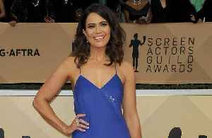 Mandy Moore reaches Mt. Everest base camp [Video]