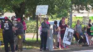 Anti-Abortion Demonstration Held Outside Alabama Women's Center [Video]