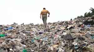Philippines returns huge amounts of waste 'illegally shipped' by Canada [Video]