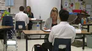 Students get training for job interviews [Video]
