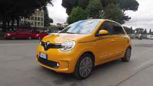 New Renault Twingo Driving Video [Video]