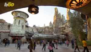 The Trick To Get Into Star Wars: Galaxy's Edge At Disneyland If You Didn't Get A Reservation [Video]
