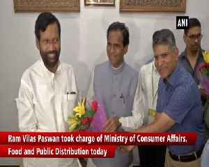News video: Ram Vilas Paswan takes charge as Consumer Affairs Food and Public Distribution Minister