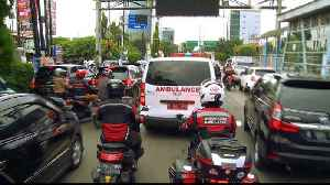 First Responders: Indonesia's bikers' band escorting ambulances [Video]