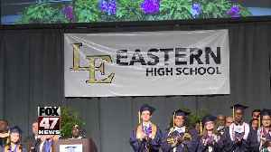 Lansing Eastern students say goodbye to high school, historic building [Video]