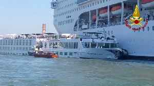 Runaway cruise ship crashes into small ferry in Venice [Video]