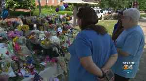 News video: Virginia Beach Community Coming Together After Shooting