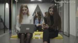 The Dream Job That Has Everyone Buzzing! Bumble Will Pay You to Travel the World and Go on Dates [Video]