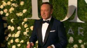 Kevin Spacey shows up at court to demand groping accuser's phone records [Video]