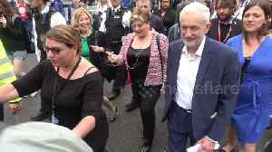 Labour's Corbyn, Thornberry and Abbott arrive for anti-Trump rally [Video]