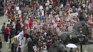 Thousands protest Trump's UK state visit [Video]