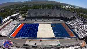 Boise State introduces new blue turf at Albertson's Stadium [Video]
