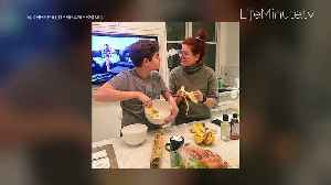 A LifeMinute with Debra Messing [Video]