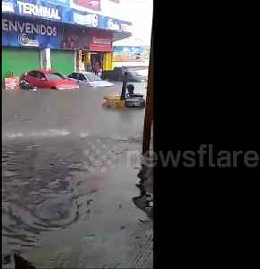 Torrential rain turns streets into raging rivers in Guatemala City [Video]