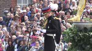 William and Harry honour D-Day veterans [Video]