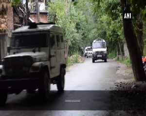 Encounter breaks out between terrorists and security forces in JKs Pulwama [Video]