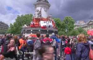 'Freedom can't wait': Hundreds march in Paris to call for closure of slaughterhouses [Video]