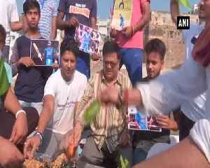 ICC WC 2019 Fans perform Hawan for victory of team India across nation [Video]