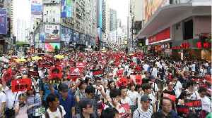 News video: Political crisis builds in Hong Kong after huge protest against extradition law
