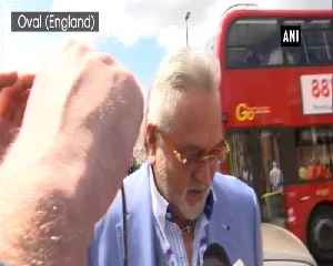 Vijay Mallya arrives at The Oval cricket ground to watch India vs Australia match [Video]