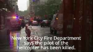 Helicopter crash in New York: Pilot dies on impact into skyscraper [Video]