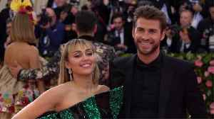 Miley Cyrus pokes fun at Liam Hemsworth split rumours on 10th Anniversary [Video]