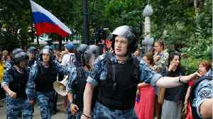 News video: Russian Police Say They Detain Over 200 At Moscow Journalist Protest
