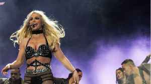 Britney Spears Accuses Paparazzi Of Photoshopping Her To Look Larger [Video]