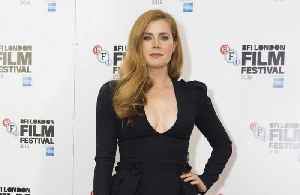Amy Adams doesn't find intimate scenes 'easy' [Video]