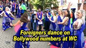 Foreigners dance on Bollywood numbers at WC [Video]