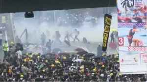 Hong Kong Protestors Clash With Police For Another Day [Video]