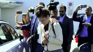 Amanda Knox returns to Italy for first time since room mate's murder [Video]