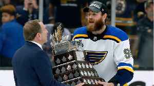 Ryan O'Reilly wins Stanley Cup playoffs MVP [Video]