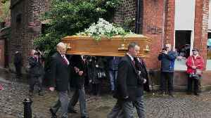 News video: Fans of Freddie Starr gather for his funeral