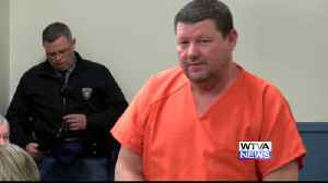 Webster County Sheriff Tim Mitchell pleads guilty to embezzlement, trafficking stolen firearms [Video]