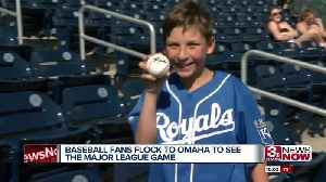Fans pack TD Ameritrade Park for Royals-Tigers game [Video]