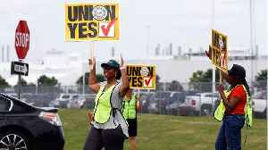 UAW hopes to unionize Chattanooga Tennessee VW plant [Video]